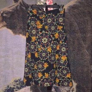 LuLaroe RARE Floral Flared Skirt